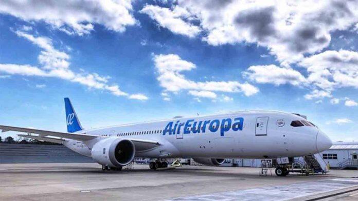 Iberia compra Air Europa por la mitad de precio