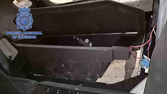 La Policía incauta 36 kilos de cocaína en un coche con doble fondo