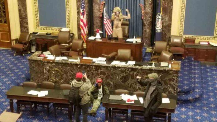 Trump justifica el asalto al Capitolio y Twitter le bloquea la cuenta