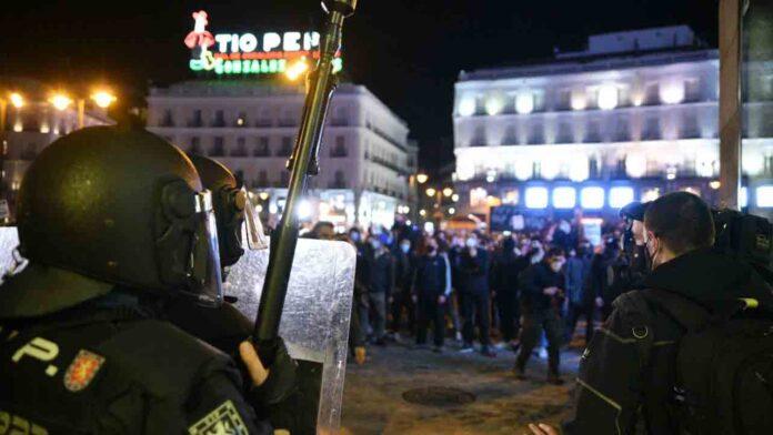 Cargas policiales en Madrid durante las protestas por la liberación de Hasel