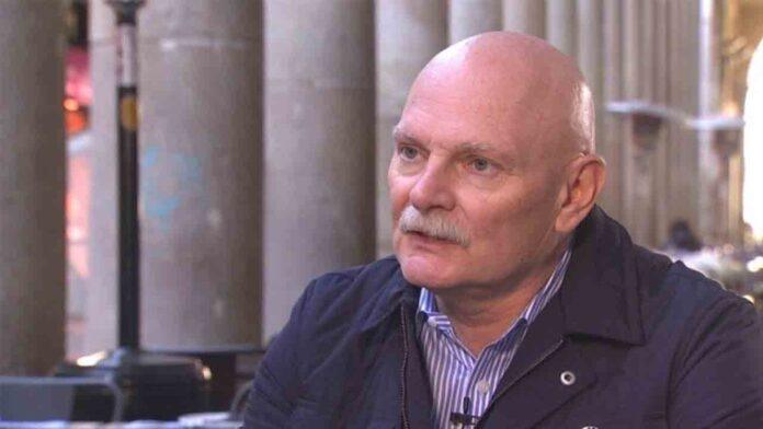 Hoffman mantiene el compromiso de celebrar el MWC en verano