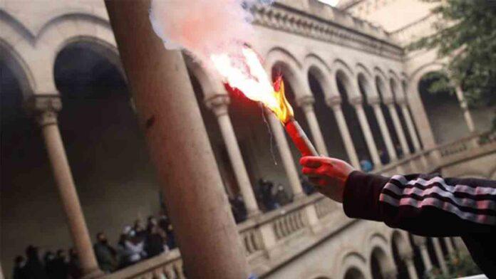 Huelga de estudiantes en Barcelona por el encarcelamiento de Pablo Hasel