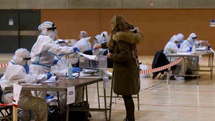 PSC y ERC empatan en las elecciones catalanas