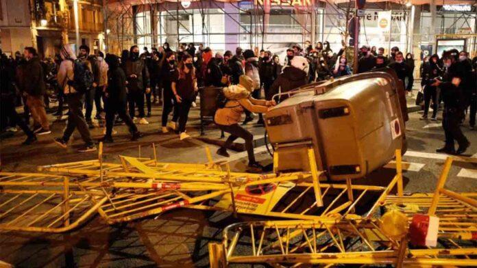 Vuelven las protestas a las calles de Barcelona en defensa de Hasel