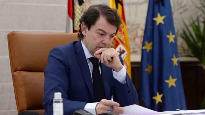 Primera moción de censura en Castilla y León