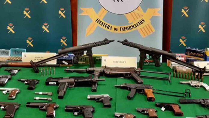 Desarticulado un grupo dedicado a la venta ilegal de armas