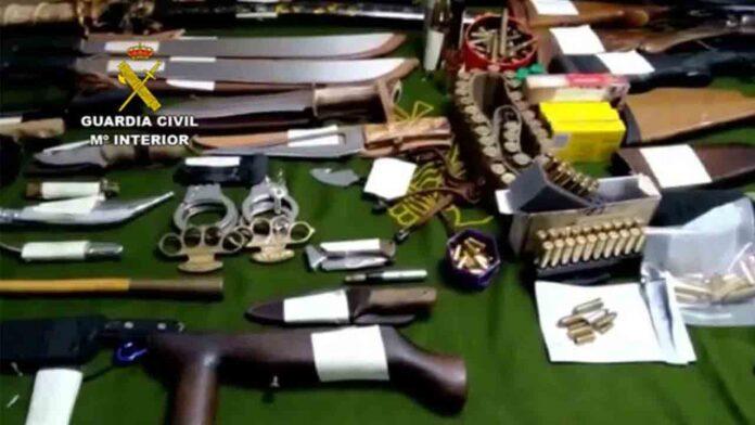 Descubren dos talleres de armas al investigar un caso de violencia de género