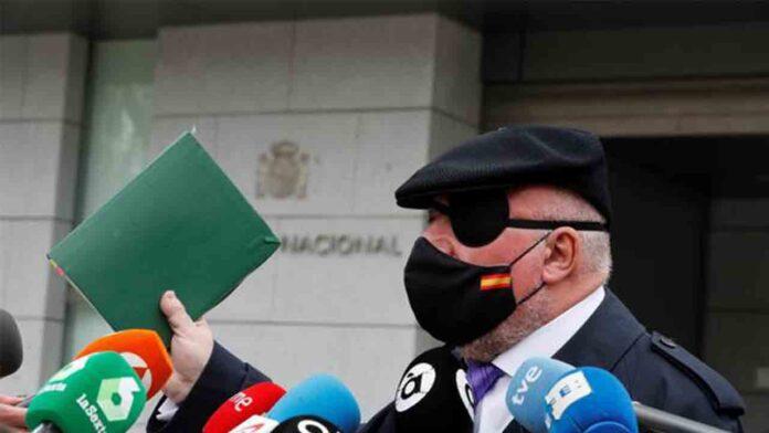 El juzgado ordena el embargo de 53 propiedades del comisario Villarejo