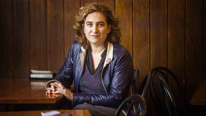 El 'tardofranquismo' judicial ataca ahora a Ada Colau