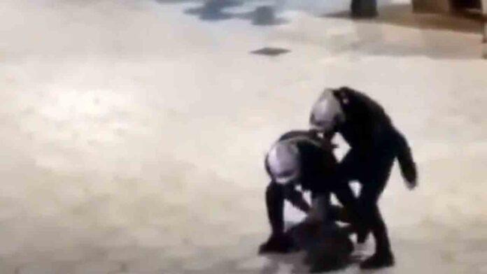 Expediente a dos policías por una brutal detención a una joven en Benidorm