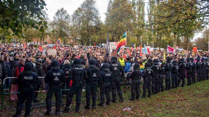 La inteligencia alemana no ha hecho frente a la extrema derecha desde hace mucho tiempo
