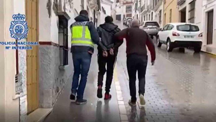 Liberada una mujer en Sevilla antes de ser obligada a prostituirse por su pareja