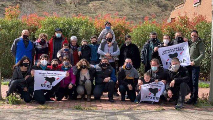 Los presos vascos, padres del niño Irati, serán trasladados a El Dueso
