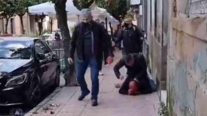 Salen en libertad los dos policías de Linares que agredieron a un padre y su hija menor
