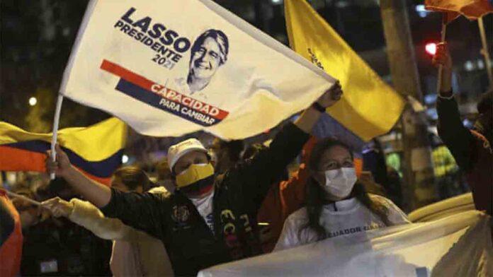 Elecciones en Ecuador: Lasso se adelanta a Arauz con el 90% de los votos escrutados