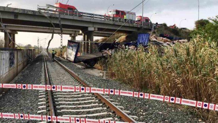 Fallece un camionero en un fatal accidente en Tafalla
