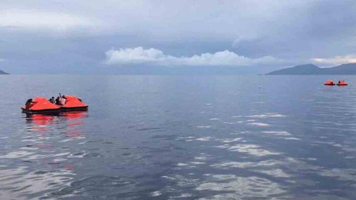 Grecia es acusada de golpear, robar y abandonar en el mar a 200 migrantes