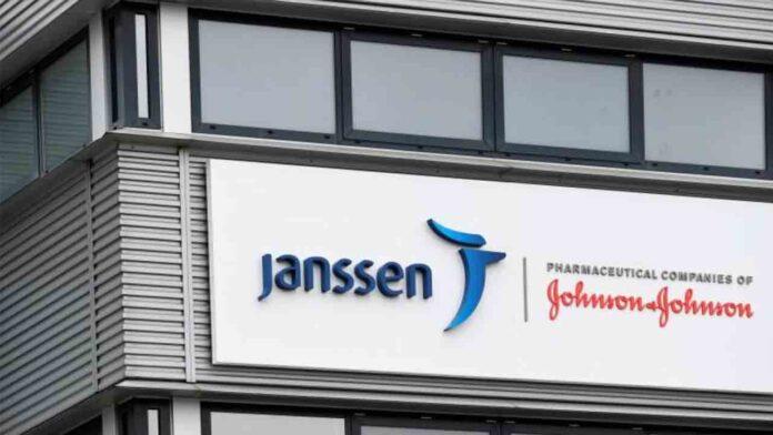 Janssen para la vacuna en Europa por los 6 casos de trombosis en EE.UU.