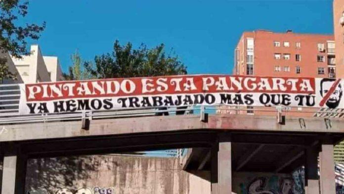 La policía carga contra los antifascistas en Vallecas en el acto de Vox
