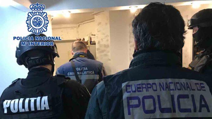 La policía libera a 16 víctimas de explotación sexual
