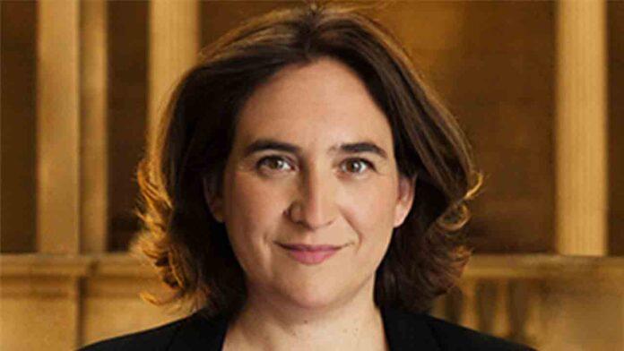 Todos contra Ada Colau: La derecha, fondos buitre, VTC, patronales y hoteleros