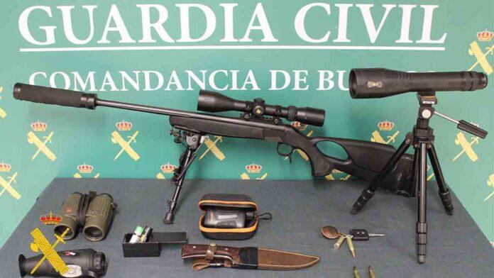 Detenidos dos cazadores furtivos en Burgos con dos corzos y un gato montés muertos