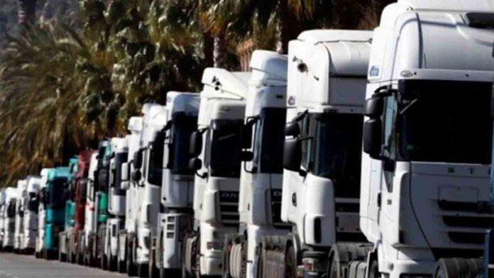 El transporte convoca una marcha lenta en Barcelona contra la ZBE