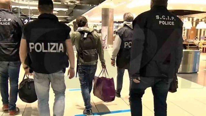 Extraditan a Italia a un importante miembro de la mafia de la Ndrangheta