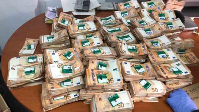 Intervenidos más de dos millones de euros a un grupo dedicado al tráfico de cocaína