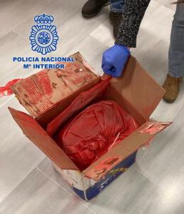 Introducían cocaína impregnada en pintura a través de envíos postales