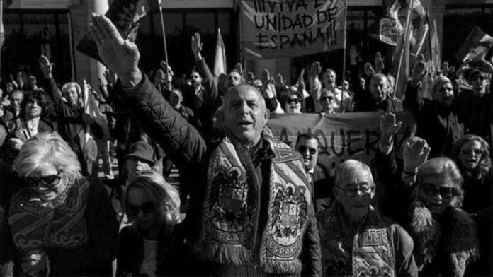 Unidas Podemos exige poner fin a los actos franquistas, que Ayuso apoya