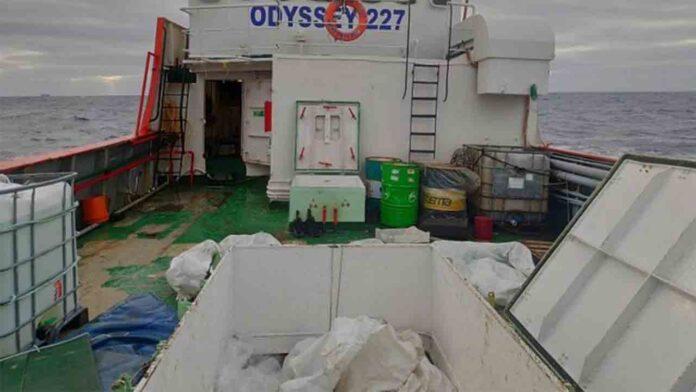 Incautado un pesquero en alta mar con 15 toneladas de hachís a bordo