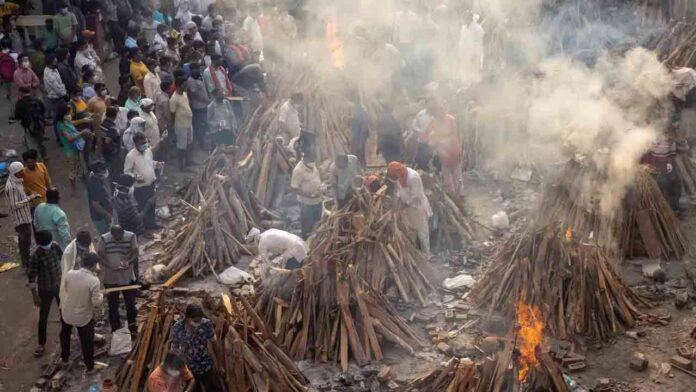 India registra 6.148 muertes por Covid en un solo día