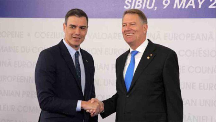 Pedro Sánchez se reúne con el Presidente de Rumanía, Klaus Iohannis, en Bruselas
