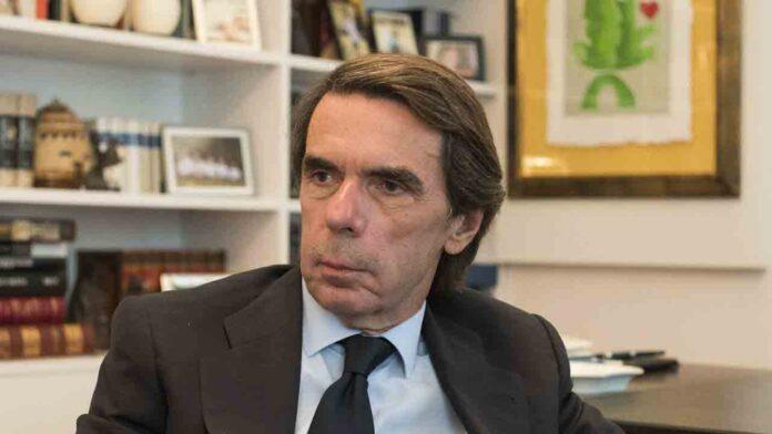 Un informe de la policía indica sobrecostes en contratos adjudicados por Aznar a la Constructora Hispánica