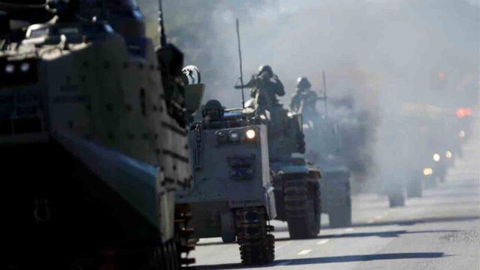 Bolsonaro organiza un desfile militar no visto en Brasil desde la dictadura