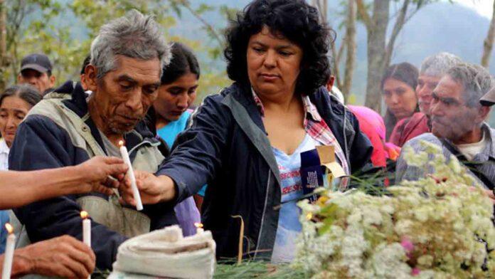 El asesinato de Berta Cáceres conmocionó al mundo, pero continúan los asesinatos de activistas ambientales
