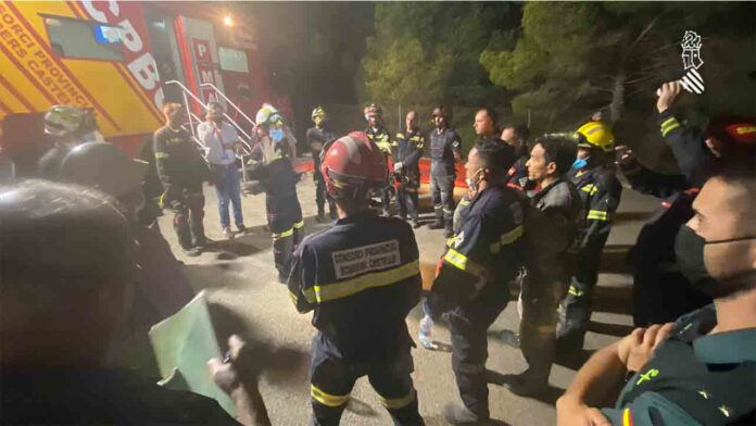 Localizan sin vida a un menor en el edificio derrumbado en Peñíscola