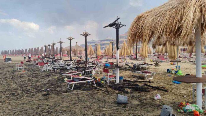 Más de 800 incendios en Italia obliga a evacuar a varios turistas de Pescara