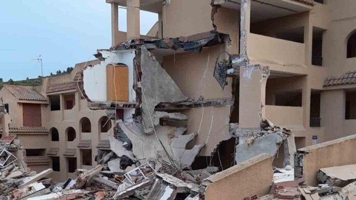 Se derrumba un edificio en Peñíscola