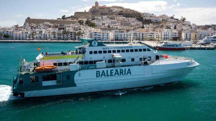 Un hombre muere decapitado tras ser arrollado por el ferry de Balearia