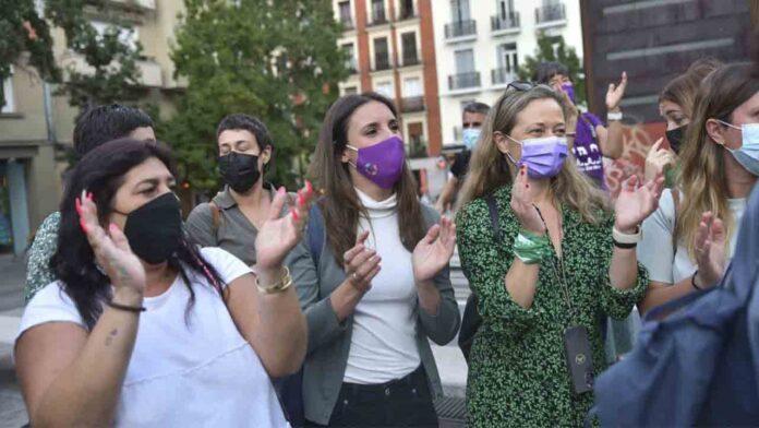 Igualdad inicia la consulta pública para la reforma de la Ley del Aborto