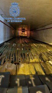 Intervienen 26 toneladas de hachís en Granada dentro de un camión