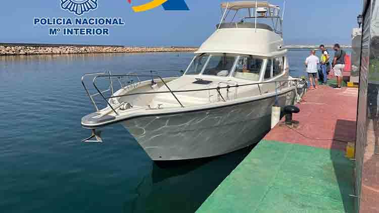Localizan 600 kilos de hachís en una embarcación de recreo en Almería