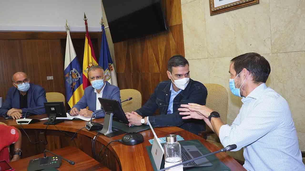 Pedro Sánchez suspende su viaje a Nueva York y viaja hasta La Palma
