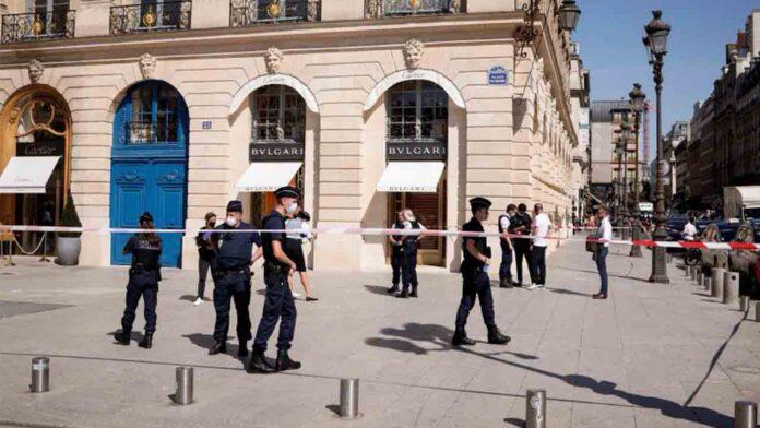 Roban 10 millones de euros en joyas en un atraco a una tienda Bulgari en París