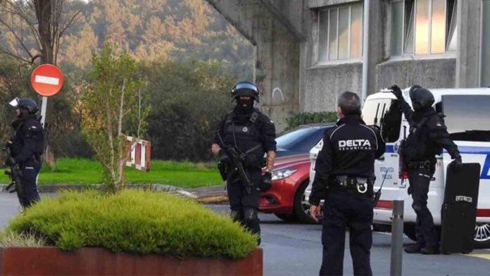 Un joven dispara 40 tiros con una escopeta en el campus de la UPV en Leioa